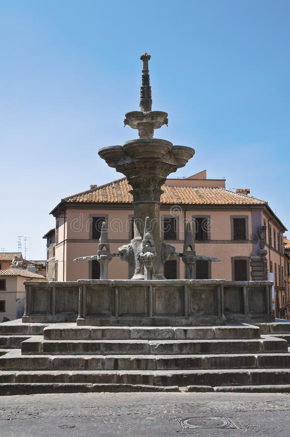 Fontana grand. Viterbe. Le Latium. L'Italie. images libres de droits