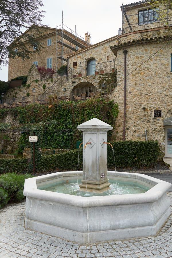 Fontana in Mougins fotografia stock libera da diritti