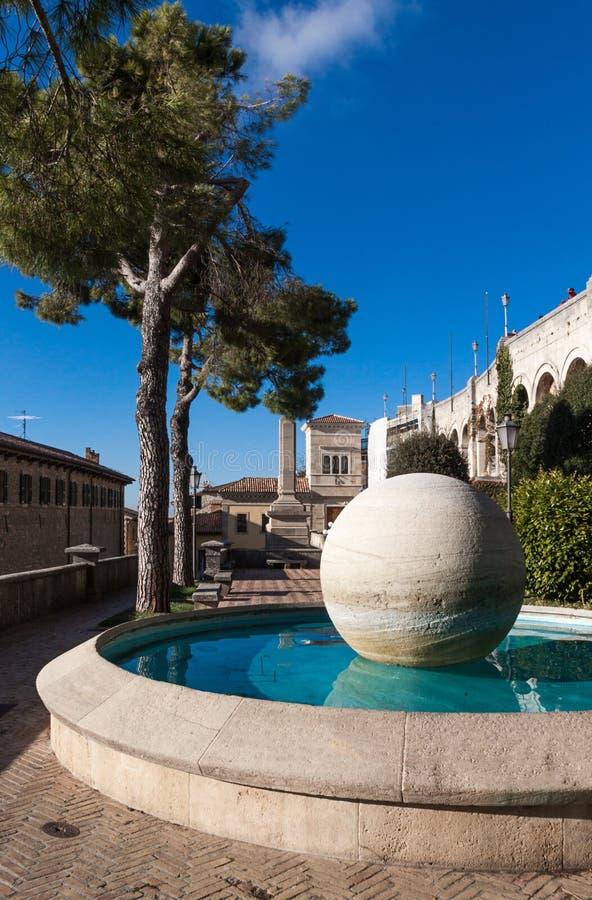 Fontana nel Republic Of San Marino immagini stock libere da diritti