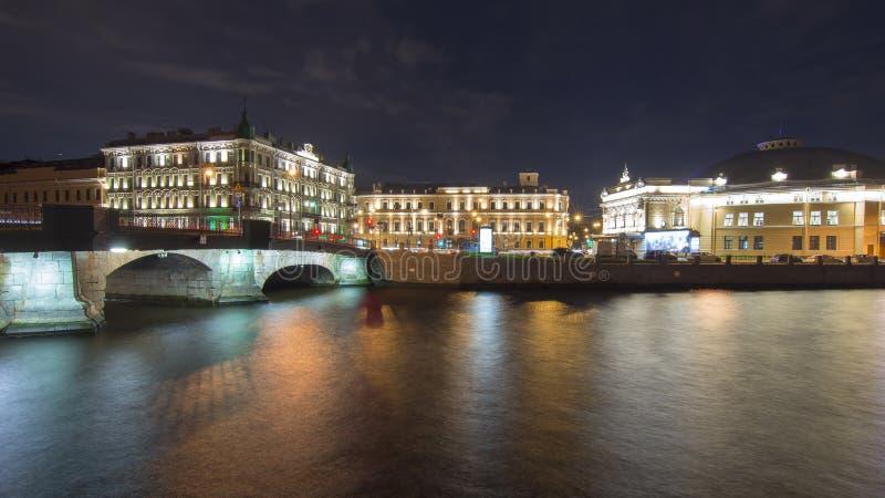 Fontanka bulwar przy nocą, święty Petersburg, Rosja zdjęcia stock