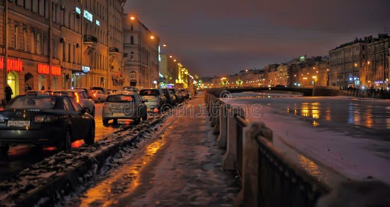Fontanka rzeka na zima wieczór zdjęcie royalty free