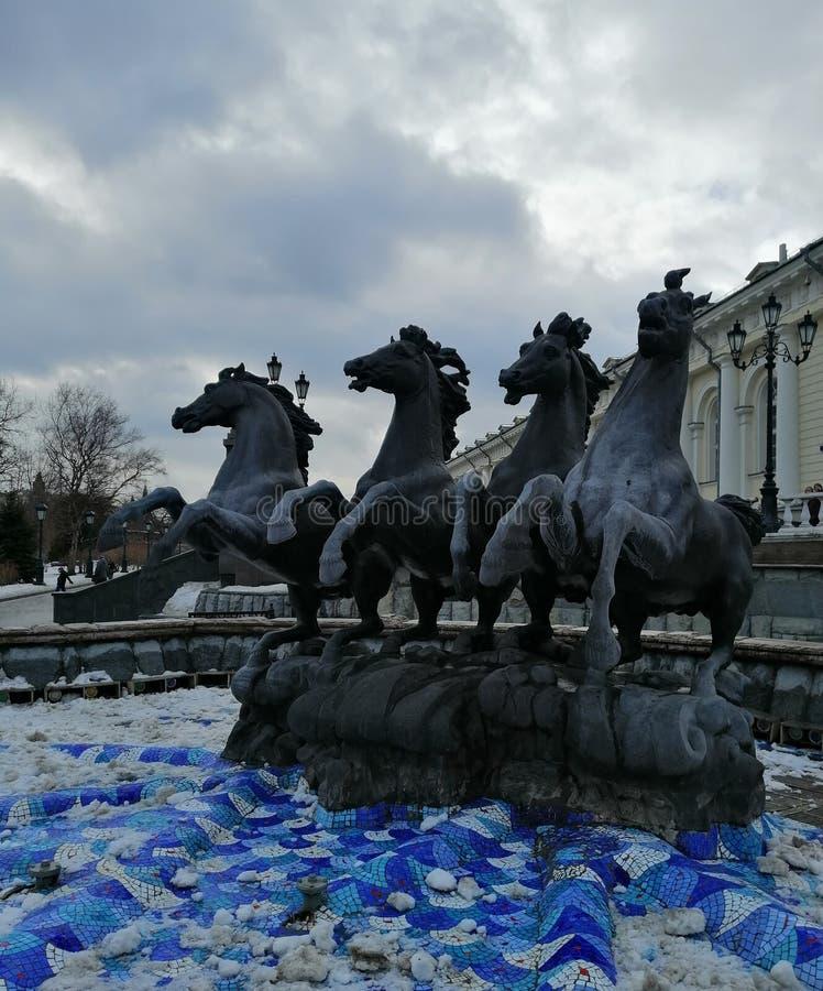 Fontanna konie w zimie obraz stock