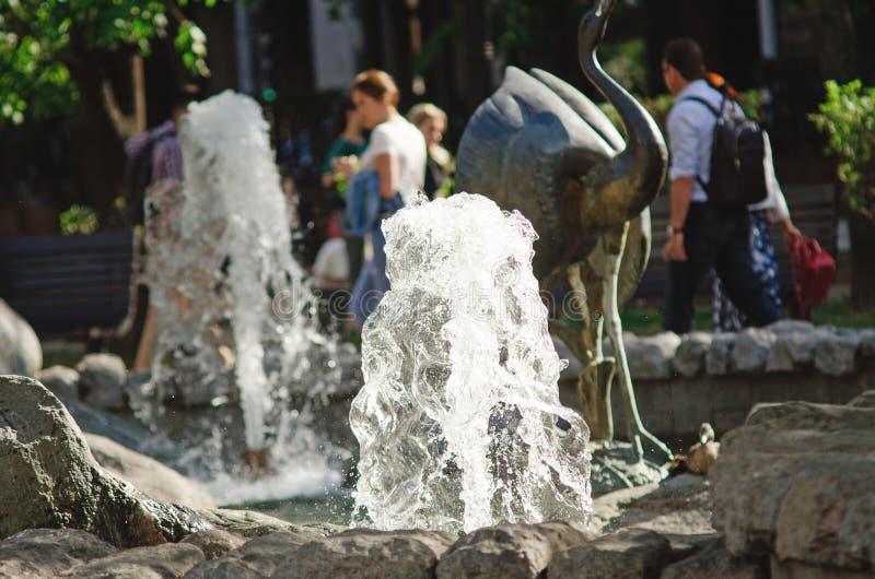 Fontanna na Chistoprudny bulwarze w lecie w Moskwa obraz stock