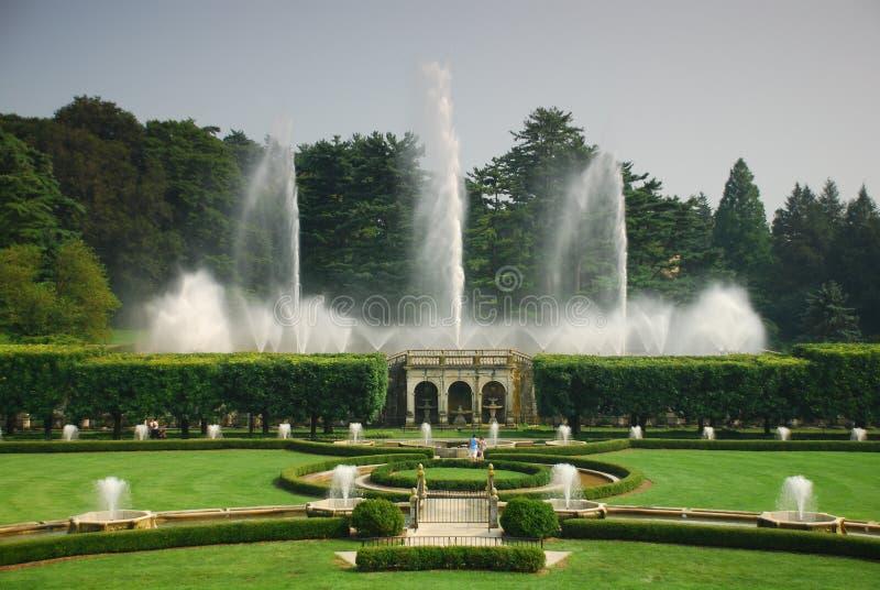 fontanna ogród fotografia stock