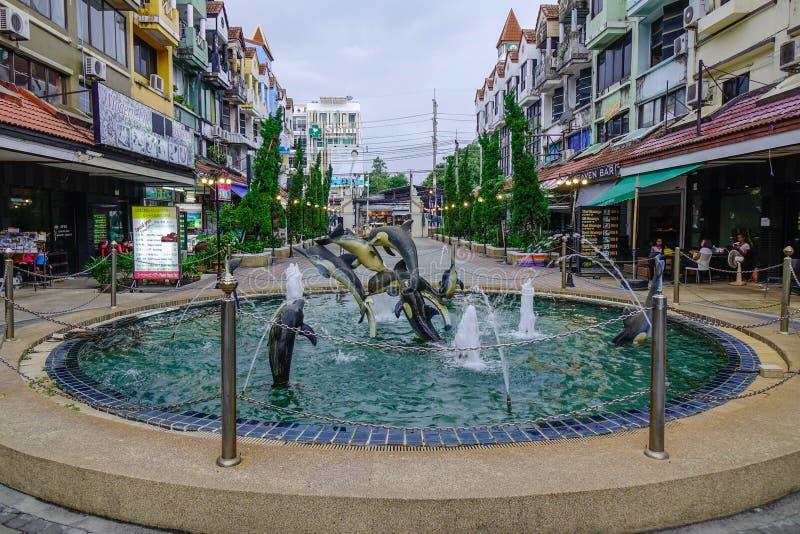 Fontanna przy śródmieściem Phuket, Tajlandia obraz stock