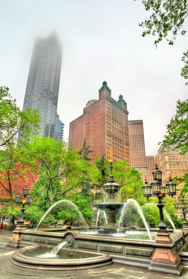 Fontanna w urzędu miasta parku - Manhattan, Miasto Nowy Jork zdjęcie royalty free