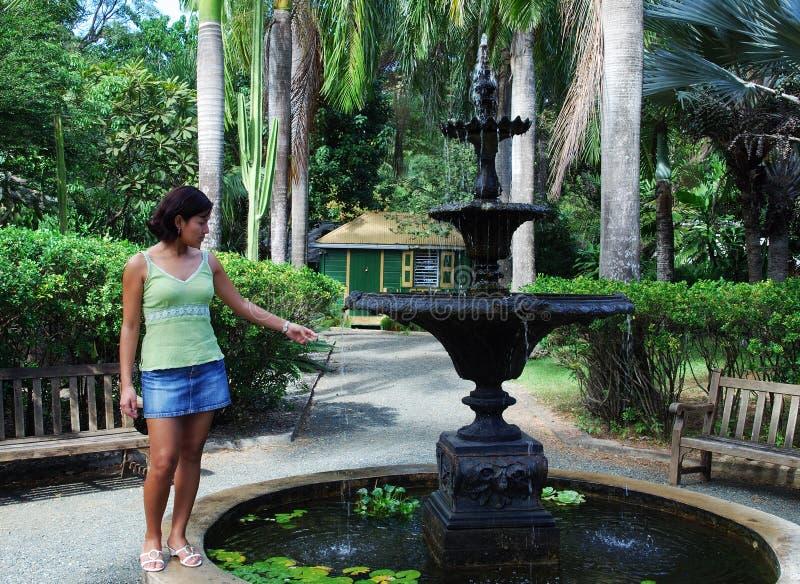 fontanny dziewczyna zdjęcie stock