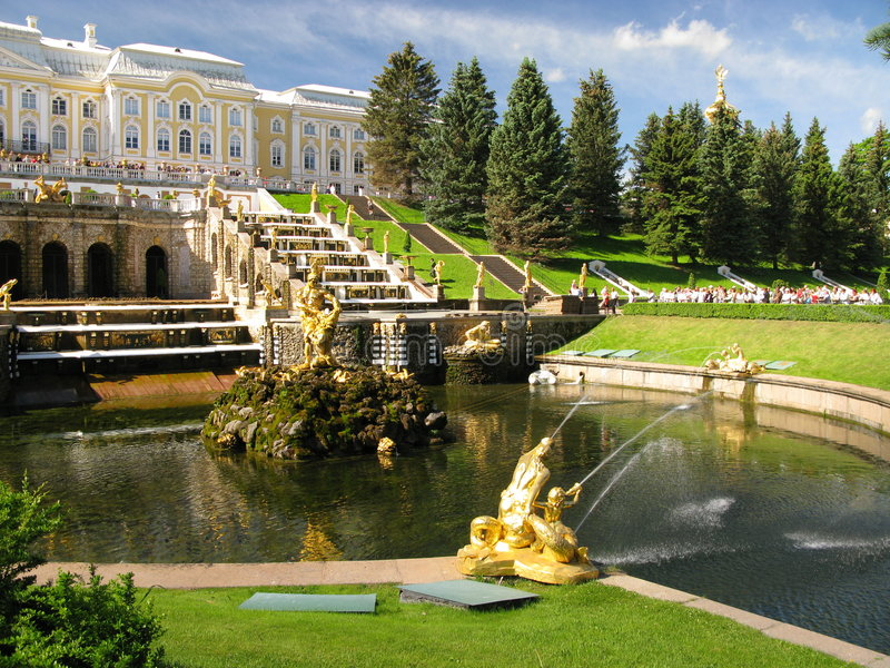 fontanny Petersburg st obrazy royalty free