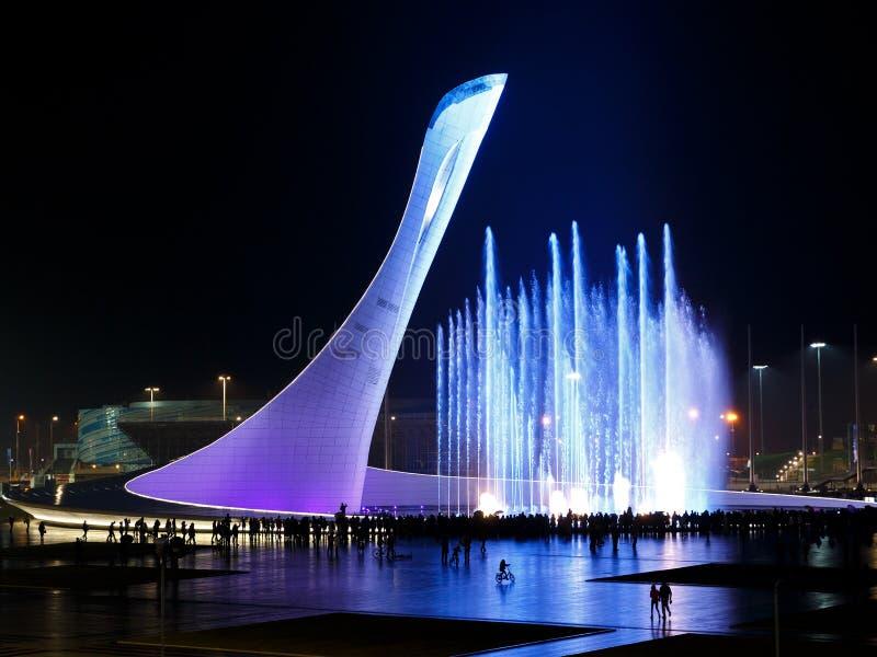 Fonte bonita, musical, colorida na cidade de Sochi fotografia de stock