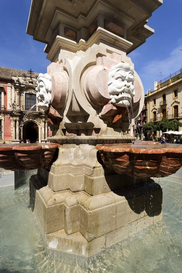 Fonte de água de Sevilha imagem de stock royalty free