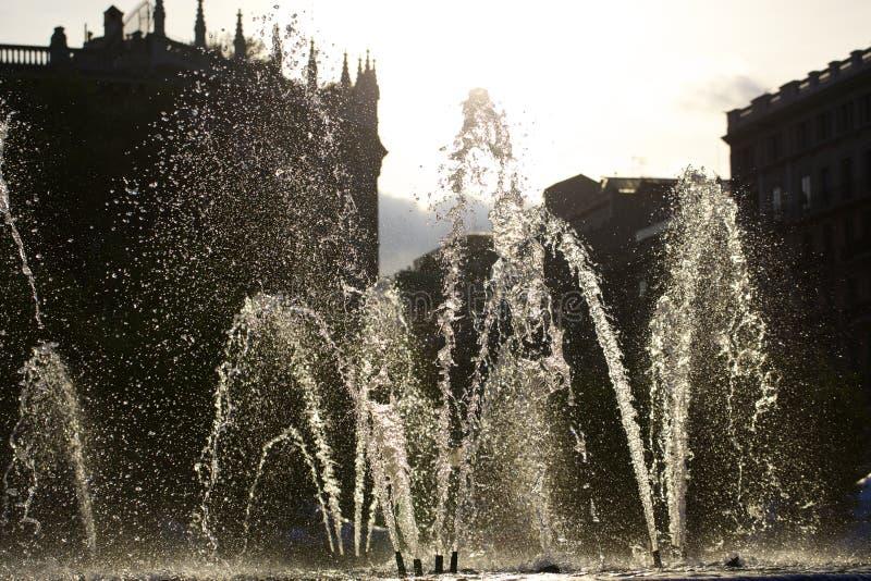 Fonte de água em Barcelona fotografia de stock