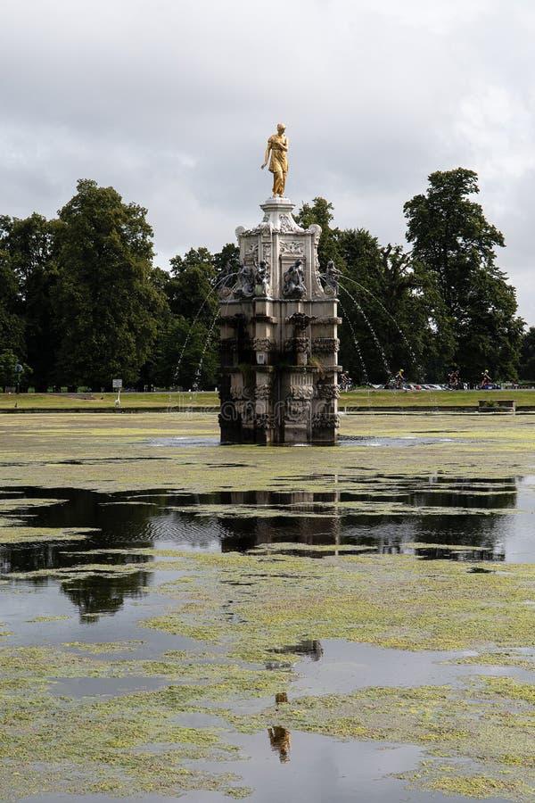 Fonte de Diana no Parque Bushy foto de stock royalty free