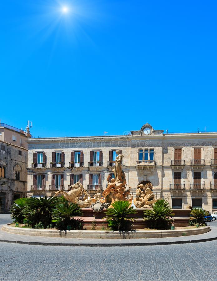 Fonte de Diana, Siracusa, Sicília, Itália fotos de stock