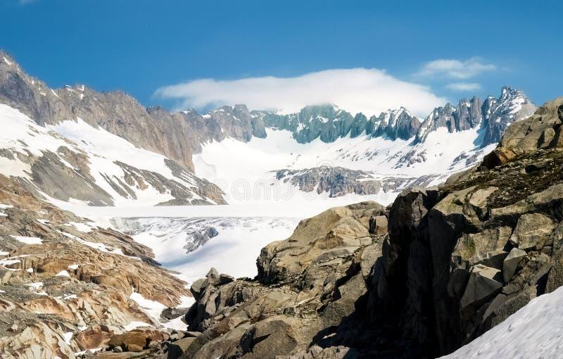 Fonte de glacier du Rhône photos libres de droits
