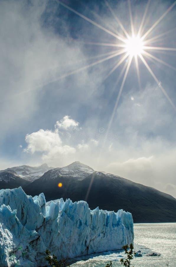 Fonte de la glace photo libre de droits
