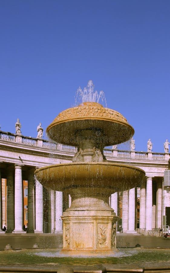 Fonte de Vatican fotos de stock
