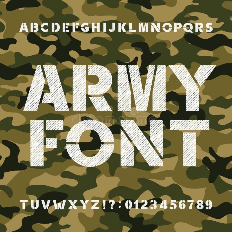 Fonte di alfabeto dell'esercito Grassetto graffiato lettere e numeri su un fondo senza cuciture di camo illustrazione vettoriale