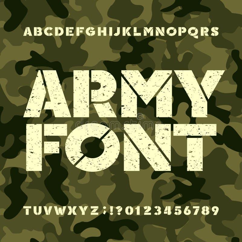 Fonte do alfabeto do estêncil do exército Letras e números corajosos do Grunge no fundo militar do camo ilustração royalty free
