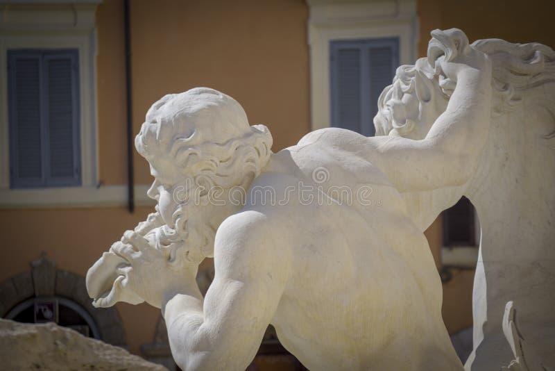 Fonte do Trevi, detalhe escultural Fórum romano do Th imagem de stock royalty free