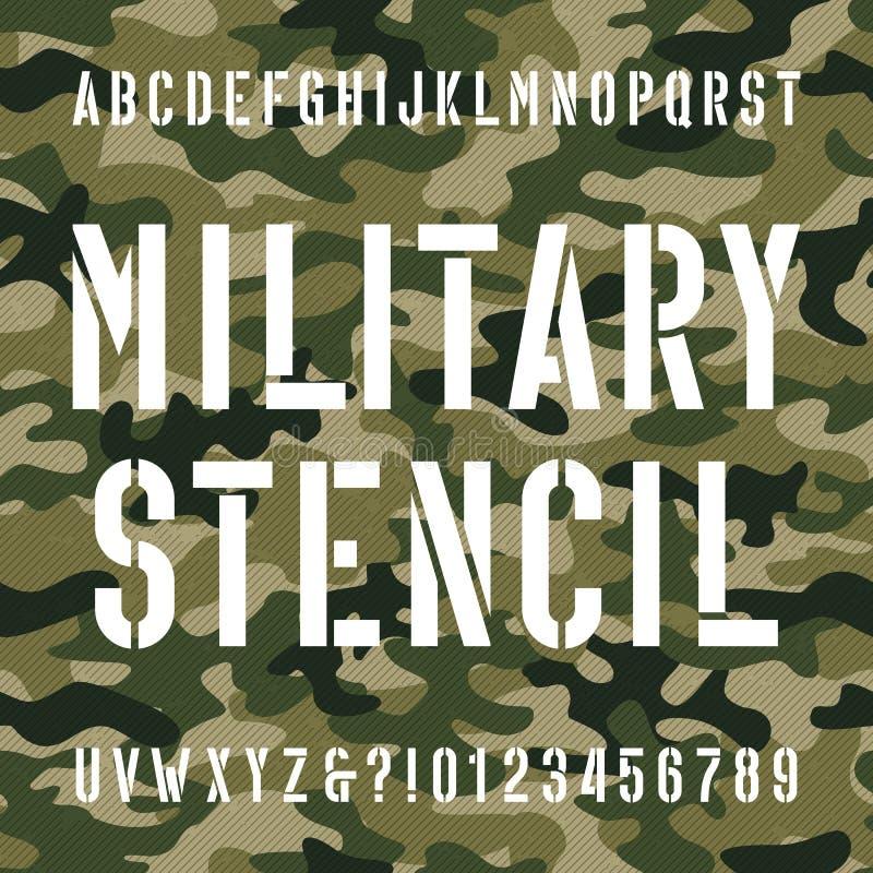 Fonte militar do alfabeto do estêncil Datilografe letras e números no fundo sem emenda afligido do camo ilustração royalty free