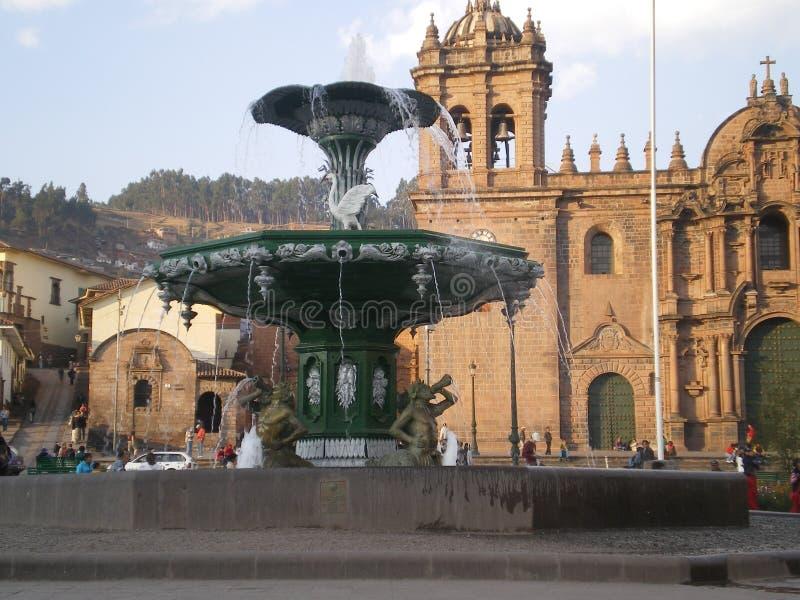 Fonte na plaza, Cuzco, Peru fotos de stock royalty free