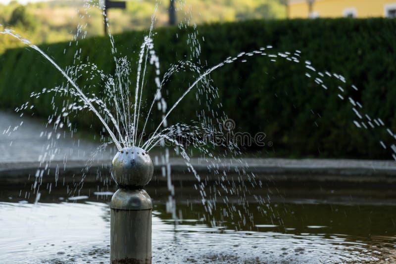 Fonte no parque Brno, república checa imagens de stock