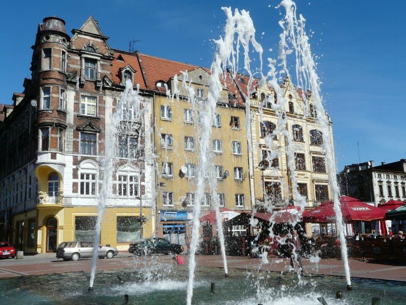 Fonte no quadrado de cidade [rynek], Silesia de BYTOM, Pol?nia imagem de stock royalty free