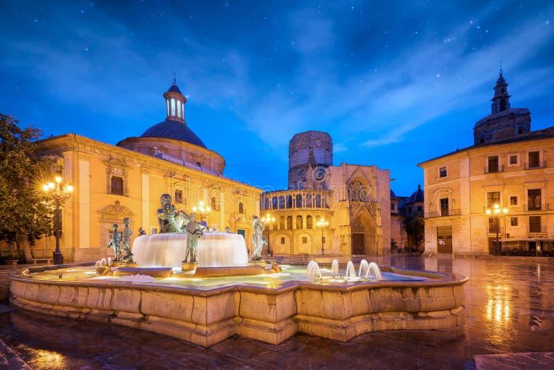 Fonte Rio Turia no quadrado do Virgin St Mary foto de stock royalty free