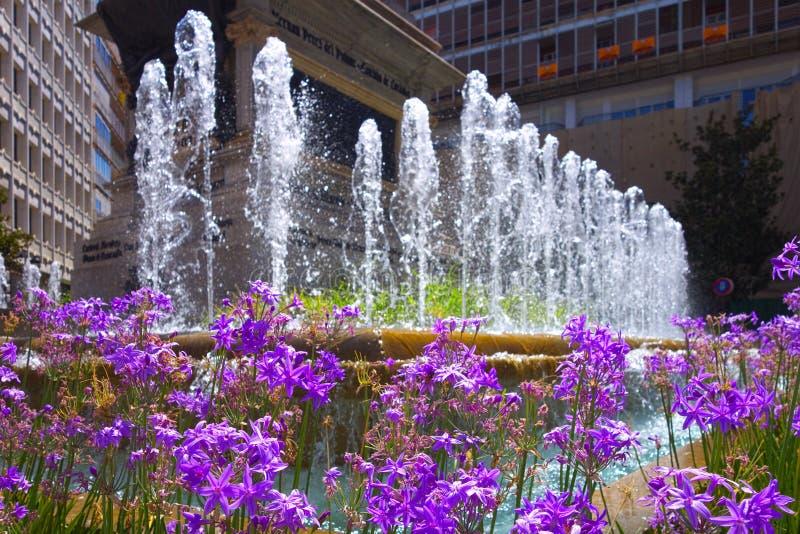 Fontein in Granada stock foto