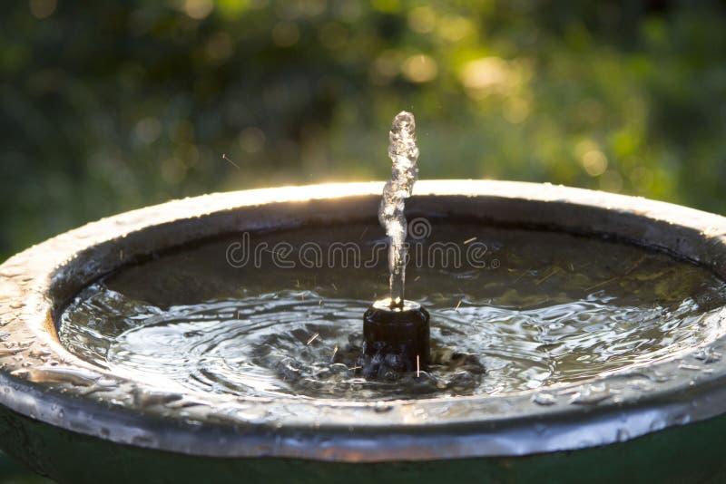 Fontein met drinkwater royalty-vrije stock afbeelding
