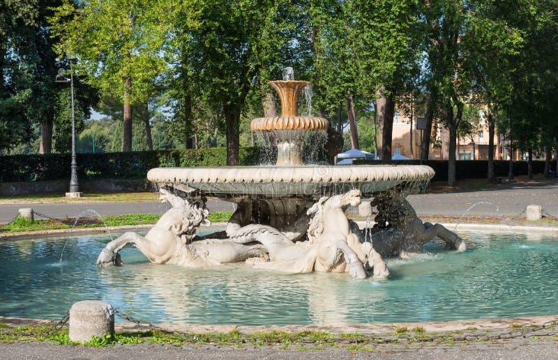 Fontein in Tuin van Villa Borghese in Rome royalty-vrije stock foto's