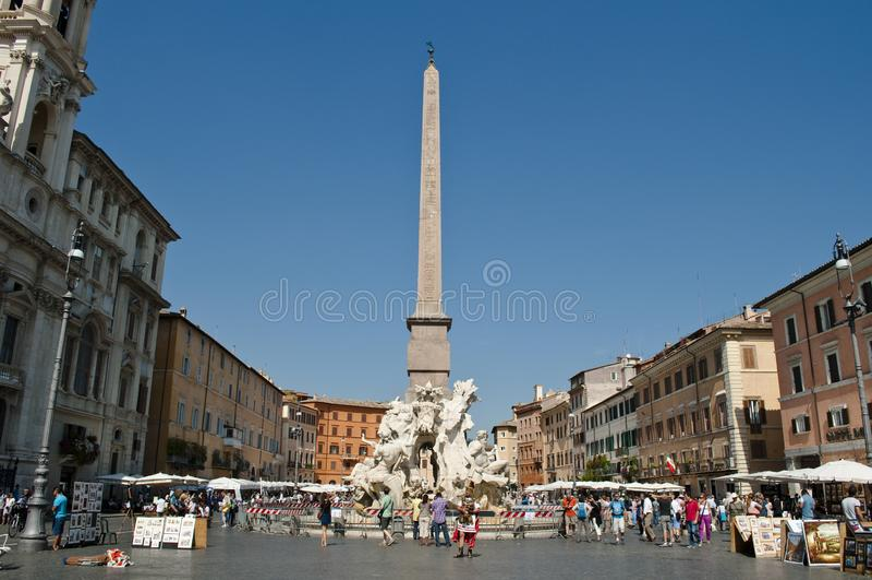 Fontein van de Vier Rivieren, Piazza Navona, Rome, Italië stock afbeeldingen