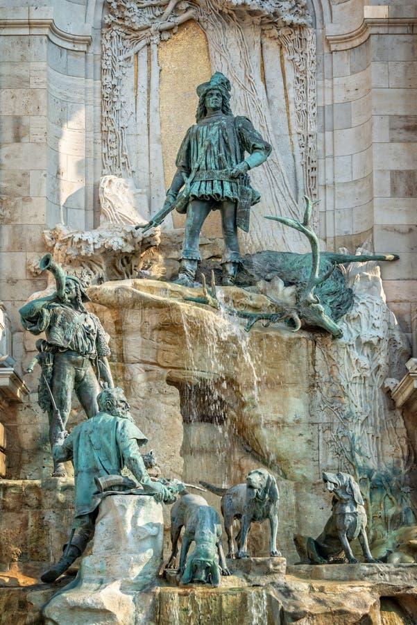 Fontein van Koning Matthias in Buda-kasteel van Boedapest Hongarije stock foto