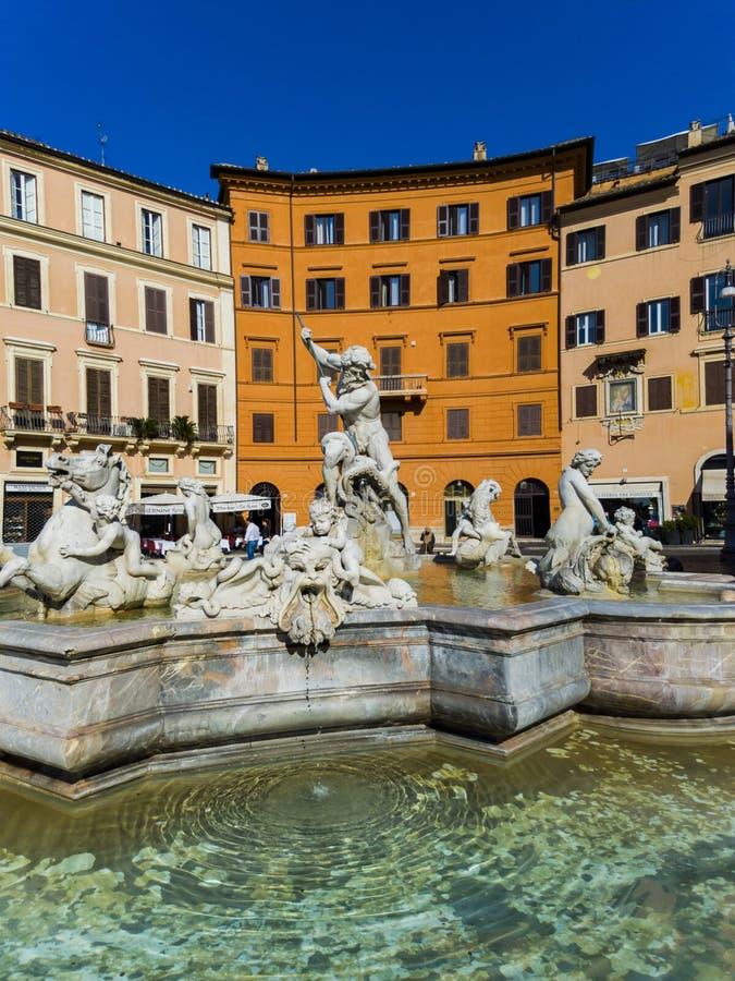 Fontein van Neptunus bij Piazza Navona in Rome, Italië stock foto's