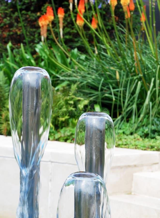 Fontes de água do jardim fotografia de stock