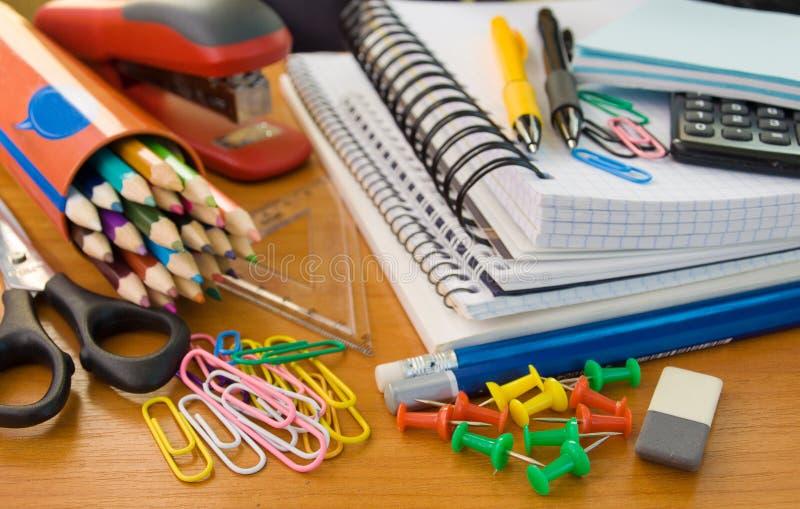 Fontes de escritório da escola imagens de stock
