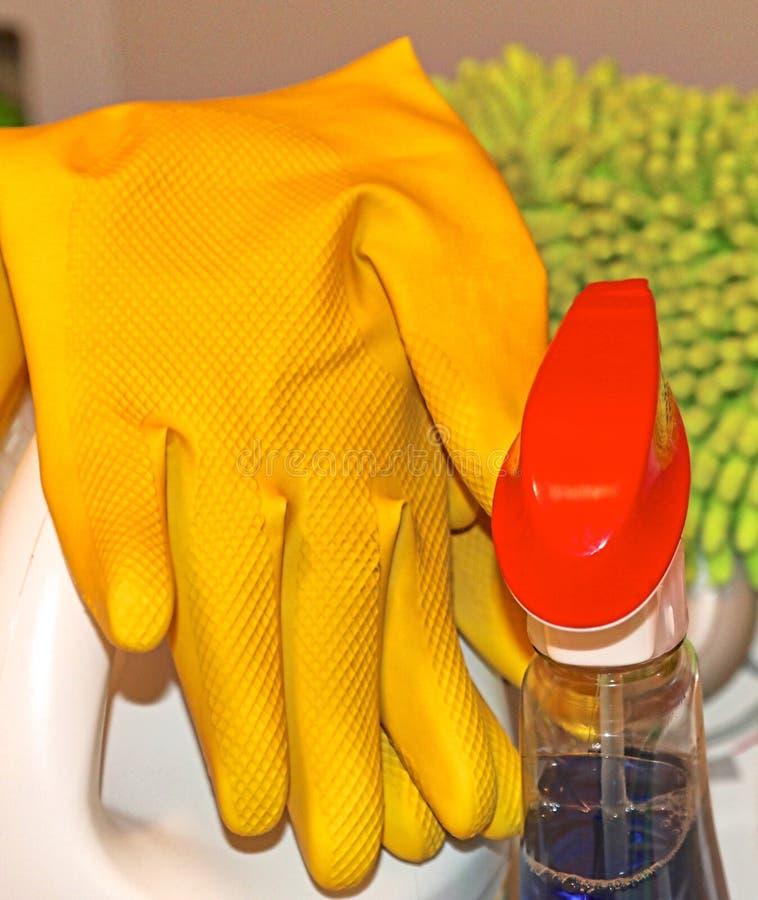 Fontes de limpeza da casa e do escritório fotografia de stock royalty free