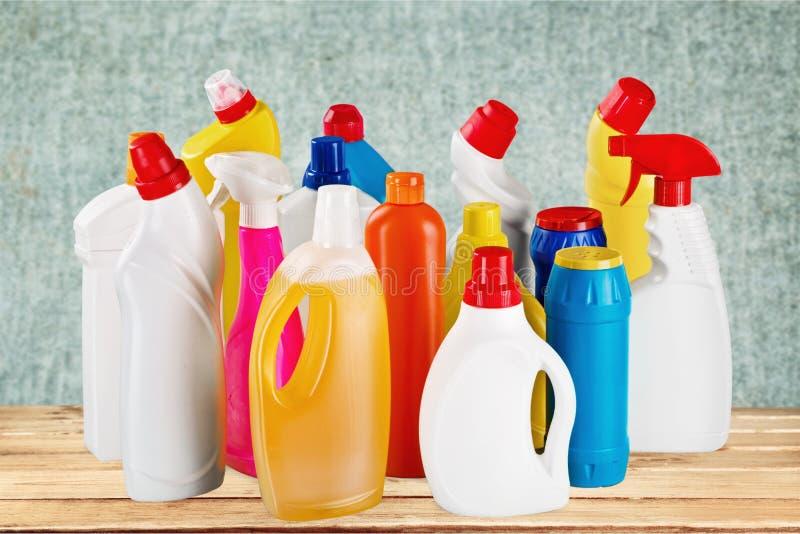 Fontes de limpeza química no fundo imagem de stock royalty free