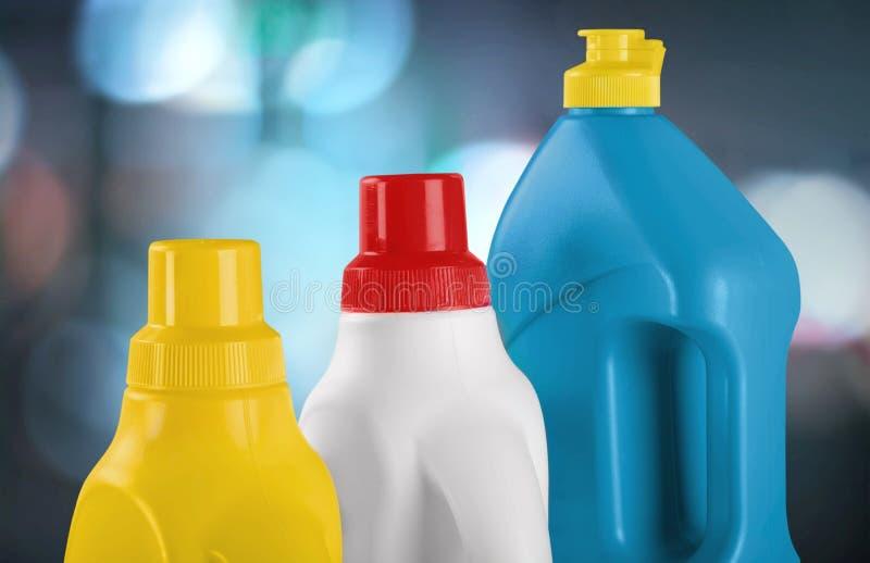 Fontes de limpeza química no fundo borrado fotos de stock royalty free