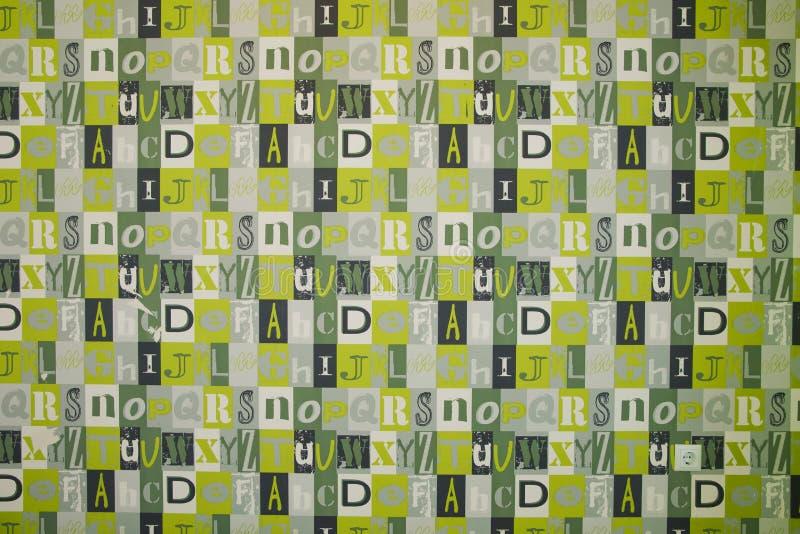 Fontes do fundo Fundo projetado Colagem de Digitas feita de grampeamentos de jornal O sumário rotula o fundo, illustra gráfico ilustração stock