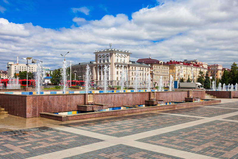 Fontes no centro de Kazan foto de stock