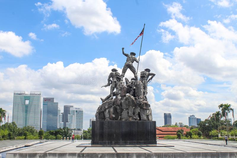 Fontes no monumento nacional, Kuala Lumpur, Malásia fotografia de stock royalty free
