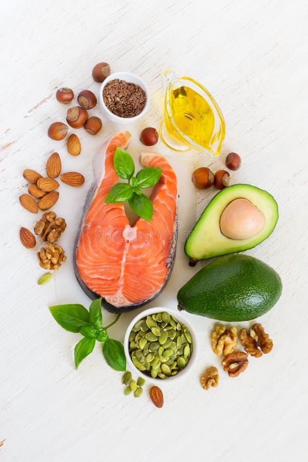 Fonti dell'alimento di Omega 3 e di grassi sani, vista superiore fotografie stock