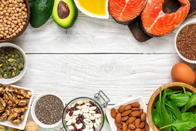 Fonti dell'alimento di selezione di Omega 3 e di grassi sani Concetto di cibo di dieta sana fotografie stock libere da diritti