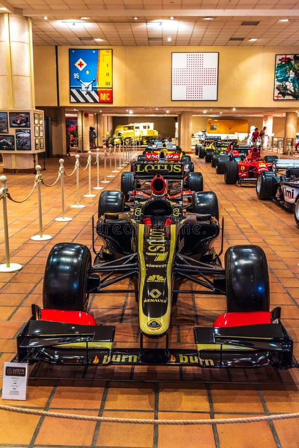 FONTVIEILLE, MONACO - JUIN 2017 : LOTUS noir E 21 RENAULT F1 2013 dans le musée de collection de voitures de dessus du Monaco images libres de droits