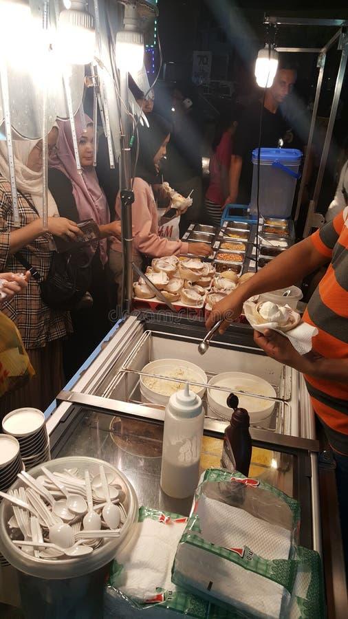 Food stalls at Jalan Alor Night market and street food stock photos