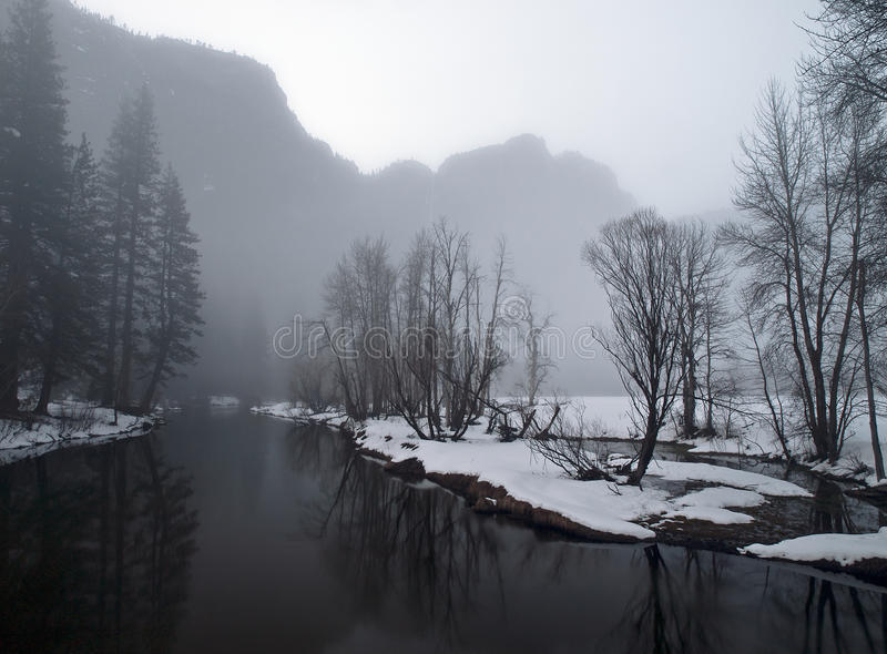 Download Foogy Evening In Yosemite Valley Stock Image - Image of winter, valley: 18943557