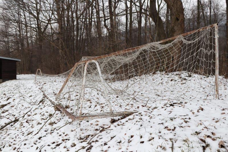 Footbal bramkowy czekanie dla wiosna czasu fotografia stock