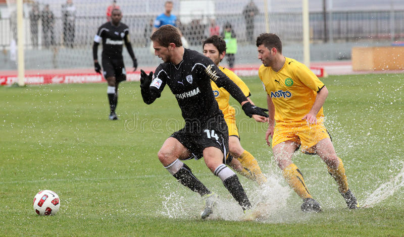 Download Football Game Between Eordaikos And Paok Editorial Photography - Image: 17843442