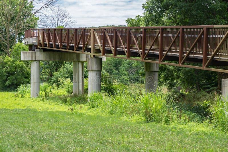 Footbridge на Greenway реки Roanoke стоковая фотография rf
